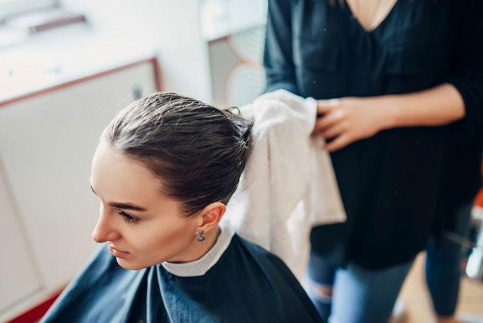 Profesjonalna pielęgnacja włosów - kosmetyki i sprzęt
